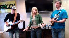 Apr 19, 2012 Lauren Alaina of American Idol performs at Froggy Radio Pittsburgh