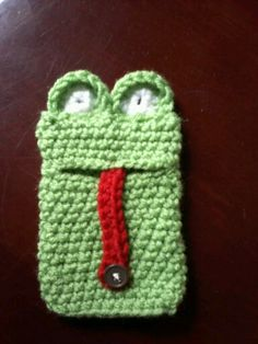 Crocheted frog Iphone cozy