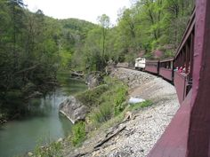 About a 30 minute drive from Cumberland Falls State Resort Park, the Big South… Oh The Places You'll Go, Places To Travel, Places To Visit, Travel Destinations, Weekend Trips, Day Trips, Cumberland River, Cumberland Falls Kentucky, Kentucky Vacation