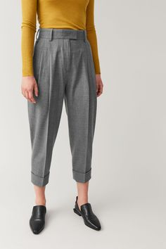 DROPPED CROTCH WOOL TROUSERS - Grey melange - Trousers - COS Grey Trousers, Trousers Women, Office Outfits, Chic Outfits, Laine Drops, Cos Outfit, Drop Crotch, Wool Pants, Cardigans For Women