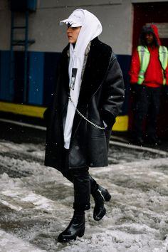 Street style new york fashion week fall winter 2017