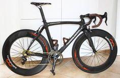 Feathery Carbon Rennrad - GTR Campagnolo Chorus 7,0 kg.   #carbon #rennrad #road #bike #bicycle #fahrradteile #campagnolo #chorus #record #campa #fahrrad