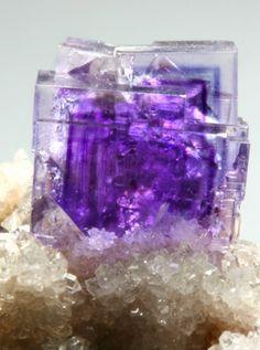 fluorita lila