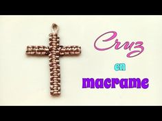 Nudo Simple, Macrame Tutorial, Baby Supplies, Easter Baskets, Cross Pendant, Knots, Beaded Jewelry, Christmas Decorations, Diy Crafts