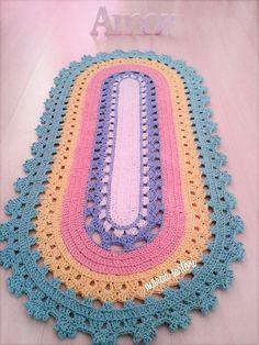 Linda passadeira infantil Pode ser feitas em outras cores Medida de 1 metro por 45 cm de largura