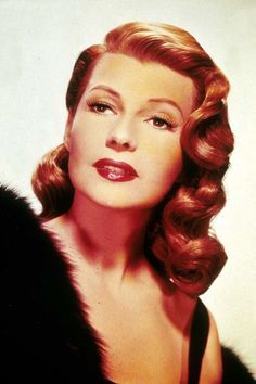 Red Hair Color, Cool Hair Color, 1940s Hairstyles, Cool Hairstyles, Hairstyle Ideas, Hair Ideas, Wedding Hairstyles, Ginger Actresses, Red Hair Celebrities