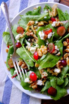 Red Grape, Walnut, and Goat Cheese Salad with Peach White Balsamic Dressing @uprootfromor