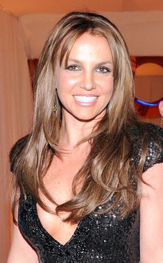 Britney Spears NEW Brown Hair Color. I like it!