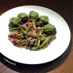 Dinner – Bacon Mozzarella Meatballs with Pesto and Roasted Pecan Green Beans