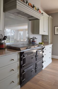 Guild Anderson kitchen featuring Everhot in Graphite. The kitchen is painted in Farrow and Ball Cromarty and Pigeon. Kitchen Cabinet Colors, Kitchen Units, Painting Kitchen Cabinets, Kitchen Paint, Kitchen Colors, New Kitchen, Kitchen Dining, Kitchen Ideas, Dining Room
