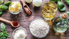 Have you ever discovered you're all out of a certain ingredient just when you're in the middle of preparing a recipe? I hate when that happens. Healthy Baking Substitutes, Food Substitutions, Healthy Recipes, Yummy Recipes, Food Articles, Cleaning Recipes, Food Hacks, Food Tips, Baking Tips