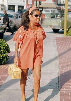 (1900s-1990s) Elizabeth Taylor Style, Miss Elizabeth, Hollywood Icons, Hollywood Glamour, West Hollywood, Vintage Hollywood, Hollywood Actresses, Classic Hollywood, Most Beautiful Women