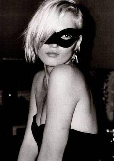 Kate Moss, mask