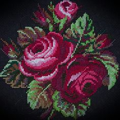 Tatting Patterns Free, Embroidery Patterns Free, Beaded Embroidery, Cross Stitch Embroidery, Cross Stitch Patterns, Embroidery Designs, Cross Stitch Tree, Simple Cross Stitch, Cross Stitch Animals