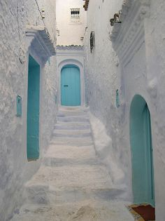Chefchaouen White - photo by Andy Holmes