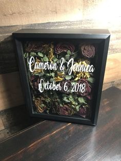 Making A Shadow Box Out Of A Flower Bouquet Try this- Carissa's wedding for dried bouquet ! Bouquet Shadow Box, Bouquet Box, Flower Shadow Box, Diy Shadow Box, Shadow Box Wedding, Flower Bouquet Diy, Diy Wedding Bouquet, Diy Wedding Flowers, Wedding Ideas