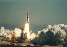 Think you've seen every photo of the 1986 Challenger space shuttle disaster? Michael Hindes of West Springfield, Mass. Space Shuttle Disasters, Space Shuttle Challenger, Challenger Space, Challenger Explosion, Lost Pictures, West Springfield, Nasa Space Program, Nasa Photos, Space Travel