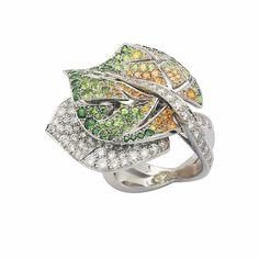 Van Cleef & Arpels Leaf ring