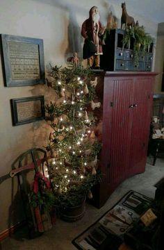 Primitive Christmas by Judy Bailey #PrimitiveBedroom