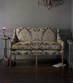 Alexandra sofa