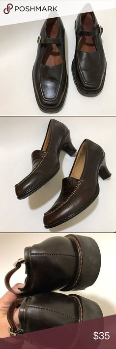 "Eddie Bauer Mary Janes These are in super condition, leather, and with the known Eddie Bauer quality...size 7-1/2, 1"" Heel Eddie Bauer Shoes Flats & Loafers"