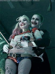 Joker and harley quinn Harley And Joker Love, Joker Y Harley Quinn, Harley Quinn Halloween, Margot Robbie Harley Quinn, Harley Quinn Cosplay, Hearly Quinn, Joker Poster, Dc Comics, Joker Wallpapers