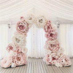 #Arch  #Flower #BigFlower #giantflowers  #BigPeony  #BigRanunculus #BigCalla #BigPoppy #BigAnimon #BigRose #BigTulip #BigCotton #BigDandelion  #PaperFlowers  #IzolonFlowers #PHOTOSESSION  #weddings  #photoshoots #weddings_photoshoots #childrens_photoshoots  #handmade #newideas #creative_decor #decoration #AlexaSibir