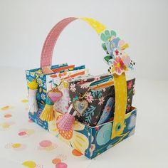 Happy Crafty Studio: Mini Album Set with Carrier Birthday Scrapbook, Mini Scrapbook Albums, Mini Albums, Scrapbook Paper, Scrapbooking, Mini Patisserie, Diy Crafts For Girls, Mini Books, Flip Books