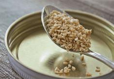 How to make tahini paste, sesame seed butter and spiced tahini-yogurt dressing Benefits Of Sesame Seeds, How To Make Tahini, Homemade Tahini, Tahini Recipe, Sample Recipe, Tahini Paste, Reduce Cholesterol, Good Food, Healthy Eating