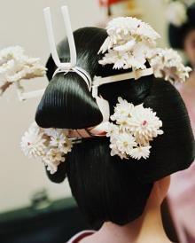 Wedding wig, full of hair decorations.