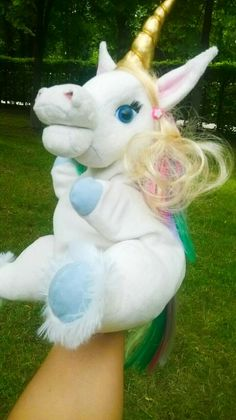 Unicorn Emotional Messages, Bunny And Bear, Handmade Toys, Unicorn, Plush, Christmas Ornaments, Holiday Decor, How To Make, Christmas Ornament