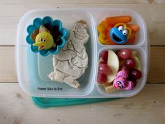 Cookie Monster in our @easylunchboxes