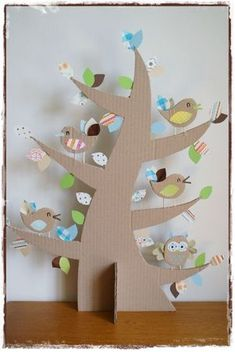 Cardboard tree and coctail-stick-feet birds. Kids Crafts, Diy And Crafts, Craft Projects, Projects To Try, Arts And Crafts, Paper Crafts, Cardboard Tree, Cardboard Crafts Kids, Spring Crafts