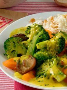 Vegetarisches Gemüsecurry: http://kochen.bildderfrau.de/rezepte/rezept_gemusecurry-auf-basmatireis_225246.aspx #vegetarisch