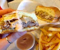 Mama's Burger from Old Towne Grinder #IHeartOnTheHunt #Burgers #OTOEats #Foodie #BestBurgers #OldTowneOrange #OldTowneOrangeRestaurants