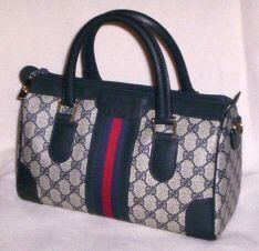 My First Designer Purse 1980 Grade! Gucci purse in blue - Gucci Purses - Ideas of Gucci Purses - My First Designer Purse 1980 Grade! Gucci purse in blue Gucci Purses, Gucci Wallet, Burberry Handbags, Purses And Handbags, Gucci Bags, Cheap Gucci, Gucci Watch, Best Purses, Gucci Shoes