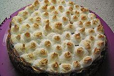 Altmühltaler Rhabarberkuchen mit Erdbeeren und Baiserhaube (Rezept mit Bild) |