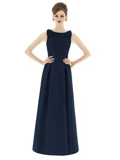 Would quite like this as a bridesmaid dress - I'd wear it over and over again.