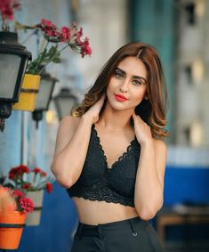 Alluring pictures of Krystle D'souza prove that she is a true fashionista Teen Girl Poses, Cute Girl Poses, Cute Girl Pic, Most Beautiful Bollywood Actress, Beautiful Actresses, Girl Pictures, Girl Photos, Krystal Dsouza, Tacker