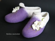 Purple and white house shoes.Violet white Handmade ♡ by FeltingLT