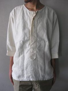 Mens Linen Outfits, Denim Fashion, Boho Fashion, Formal Shirts For Men, Historical Clothing, Diy Clothes, Vintage Outfits, Long Sleeve Shirts, Cool Outfits