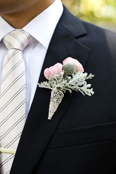 grey and pink boutonniere