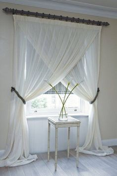 cortinas blancas #minimalista --- front living room window. ~R.