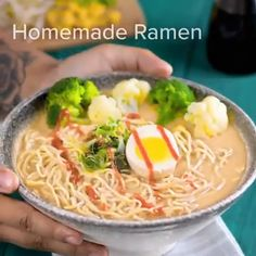recipes around the world street food Cooking Tips, Cooking Recipes, Healthy Recipes, World Street Food, Homemade Ramen, Good Food, Yummy Food, Kitchen Hacks, Food Hacks