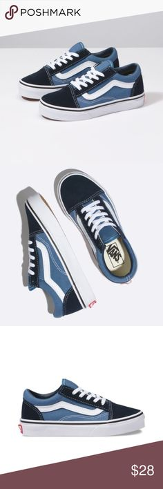 09bc7a8be5 Nib Old Skool Vans This is a new pair of kids old skool vans navy blue