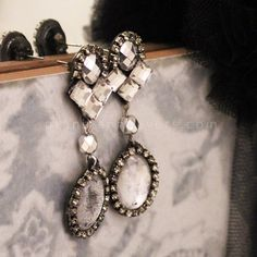Plan B DIY Vintage inspired rhinestone earrings DIY