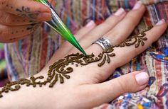 GirlsLife.com - Vá hippie com henna caseiro