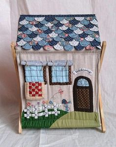 new ideas sewing machine cover embroidery Fabric Toys, Fabric Houses, Fabric Crafts, Sewing Crafts, Sewing Projects, Patch Quilt, Applique Quilts, Quilted Gifts, Quilting