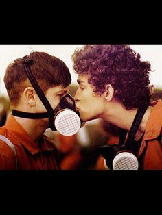 Nathan and Simon - two of my favorite TV characters, ever. Misfits :)