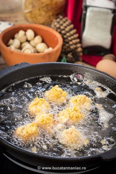 bucatar maniac: Ciupercute crispy My Recipes, Acai Bowl, Breakfast, Blog, Acai Berry Bowl, Morning Coffee, Blogging